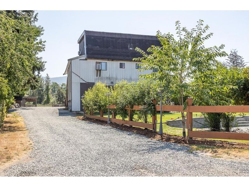 FEATURED LISTING: 41666 HARE Avenue Yarrow