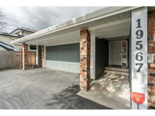 """Photo 3: 19567 63A Avenue in Surrey: Clayton House for sale in """"BAKERVIEW"""" (Cloverdale)  : MLS®# R2541570"""