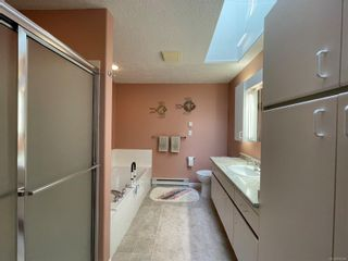 Photo 17: 2302 Amherst Ave in : Si Sidney North-East Half Duplex for sale (Sidney)  : MLS®# 878495