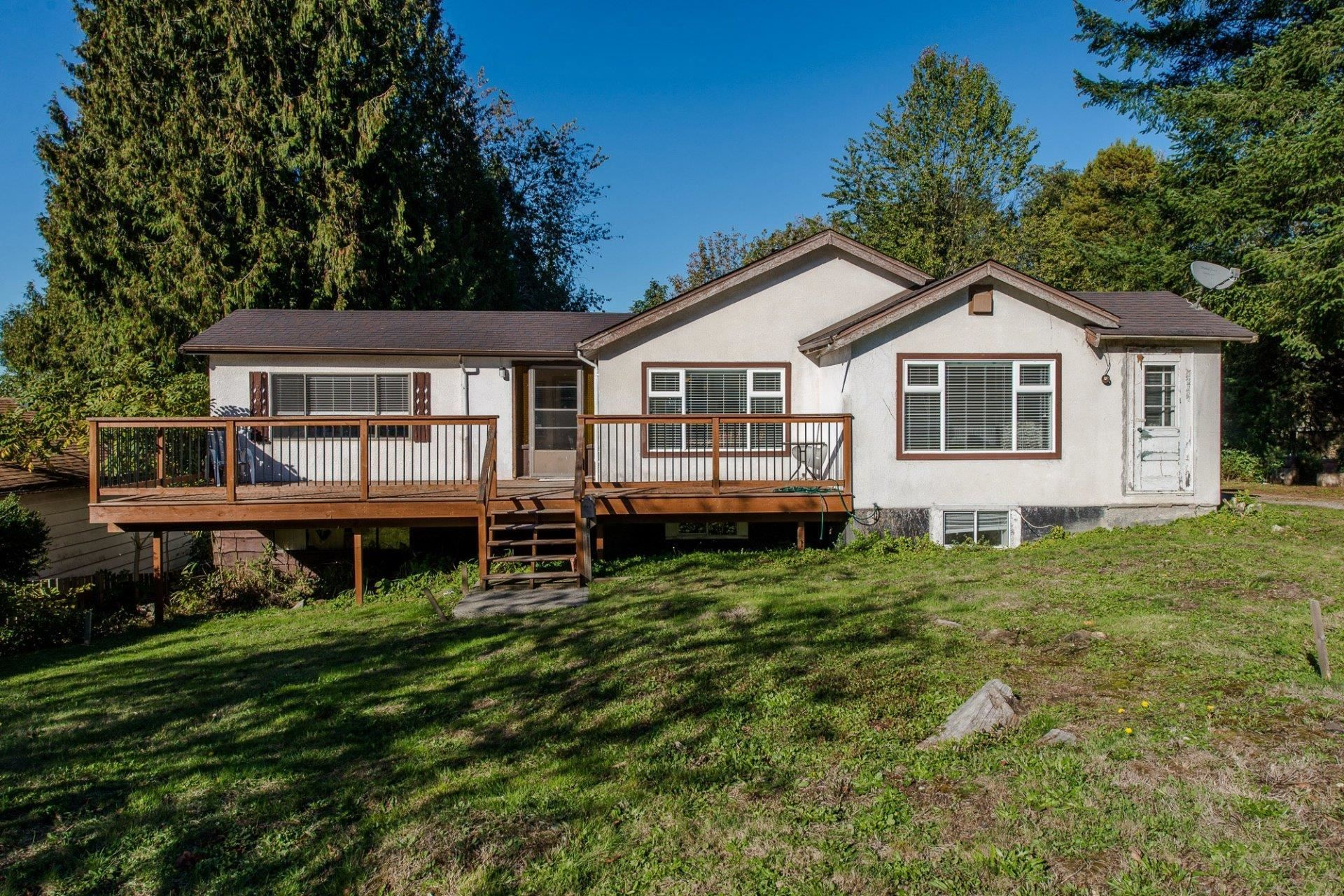 Main Photo: 33967 MCCRIMMON Drive in Abbotsford: Abbotsford East House for sale : MLS®# R2609247