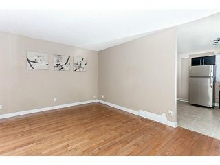 Photo 4: 16 ARBOUR Crescent SE in Calgary: Acadia Residential Detached Single Family for sale : MLS®# C3640251