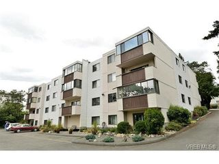 Photo 4: 301 614 Fernhill Pl in VICTORIA: Es Rockheights Condo for sale (Esquimalt)  : MLS®# 705977
