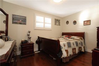 Photo 5: 704 Coulson Avenue in Milton: Timberlea House (Bungalow) for sale : MLS®# W3620366