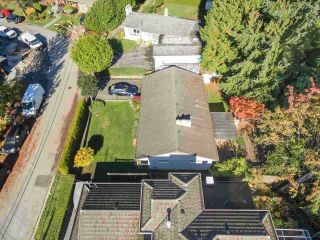 Photo 12: 3480 VALE Court in North Vancouver: Edgemont House for sale : MLS®# R2559291