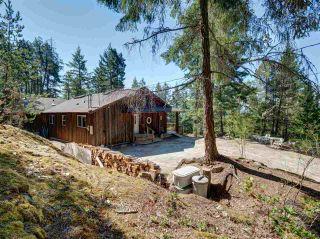 Photo 3: 5742 LEANING TREE Road in Halfmoon Bay: Halfmn Bay Secret Cv Redroofs House for sale (Sunshine Coast)  : MLS®# R2292000