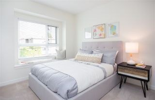 Photo 4: 5962 ST. GEORGE STREET in Vancouver: Fraser VE Townhouse for sale (Vancouver East)  : MLS®# R2243151