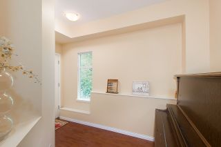 """Photo 2: 40 11860 RIVER Road in Surrey: Royal Heights Townhouse for sale in """"Cypress Ridge"""" (North Surrey)  : MLS®# R2267961"""