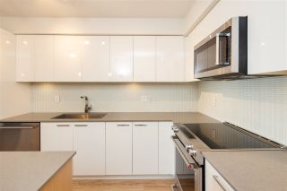 "Photo 9: 409 233 KINGSWAY in Vancouver: Mount Pleasant VE Condo for sale in ""VYA"" (Vancouver East)  : MLS®# R2567280"
