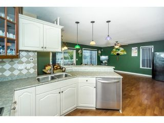 """Photo 8: 27945 JUNCTION Avenue in Abbotsford: Aberdeen House for sale in """"~Station~"""" : MLS®# R2216162"""