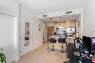 """Photo 11: 315 38 W 1ST Avenue in Vancouver: False Creek Condo for sale in """"The One"""" (Vancouver West)  : MLS®# R2597400"""