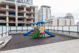 """Photo 15: 2508 1155 SEYMOUR Street in Vancouver: Downtown VW Condo for sale in """"BRAVA"""" (Vancouver West)  : MLS®# R2120321"""