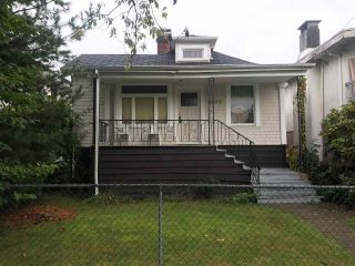 Photo 1: 4935 MOSS Street in Vancouver: Collingwood VE House for sale (Vancouver East)  : MLS®# R2509862