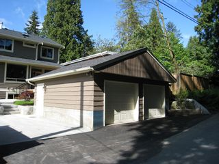 Photo 3: 309 E 26th St in North Vancouver: Upper Lonsdale House  : MLS®# V702932