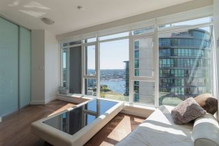 """Photo 5: 3107 1372 SEYMOUR Street in Vancouver: Downtown VW Condo for sale in """"THE MARK"""" (Vancouver West)  : MLS®# R2481345"""