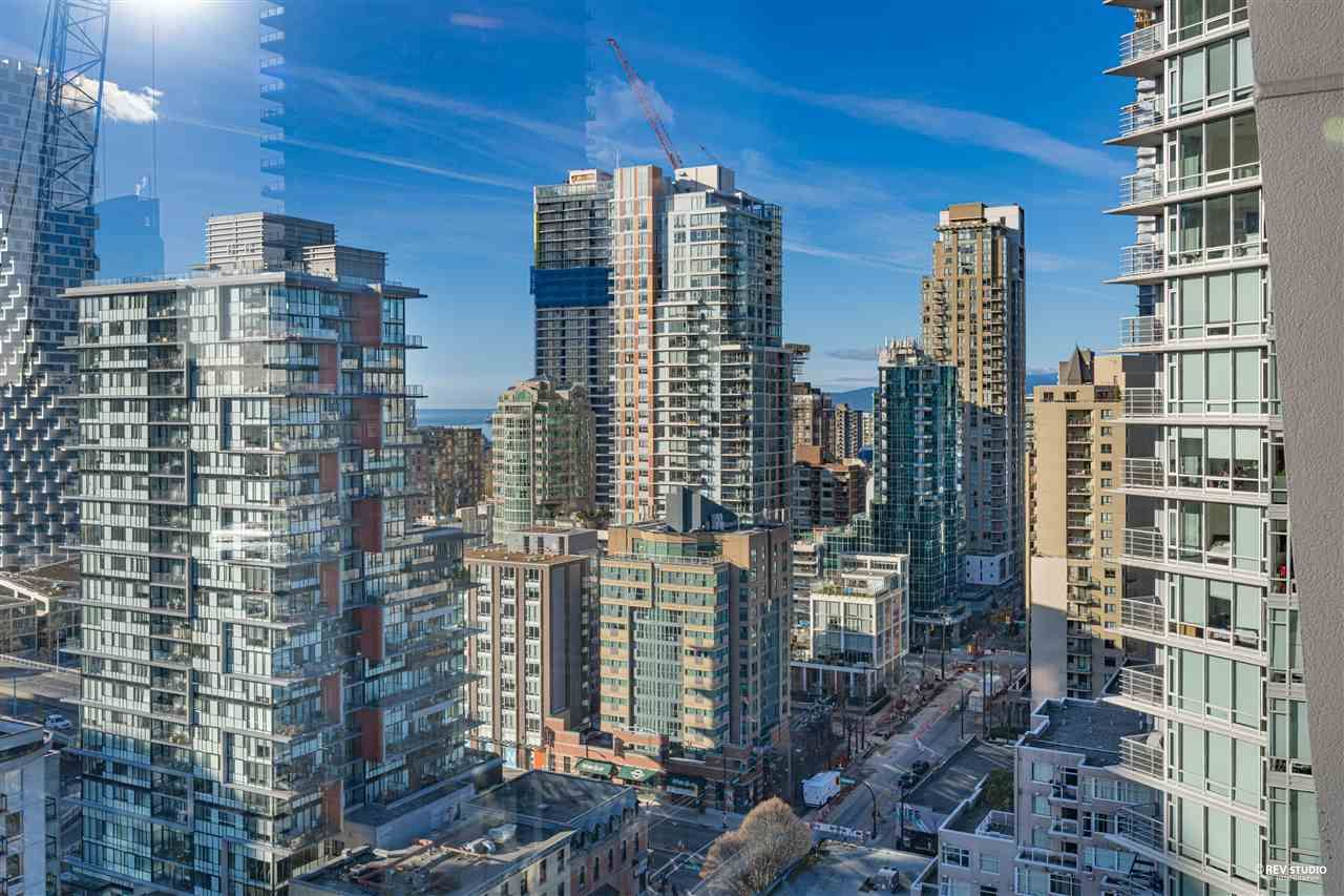 """Photo 4: Photos: 1401 1238 SEYMOUR Street in Vancouver: Downtown VW Condo for sale in """"THE SPACE"""" (Vancouver West)  : MLS®# R2520767"""