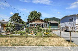 Photo 1: 75 Sahtlam Ave in : Du Lake Cowichan House for sale (Duncan)  : MLS®# 882200