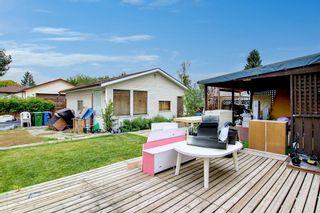 Photo 12: 1807 62 Street NE in Calgary: Pineridge Detached for sale : MLS®# A1145311