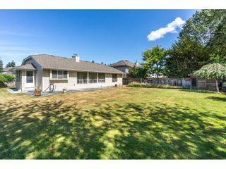 """Photo 19: 19716 34A Avenue in Langley: Brookswood Langley House for sale in """"Brookswood"""" : MLS®# R2199501"""