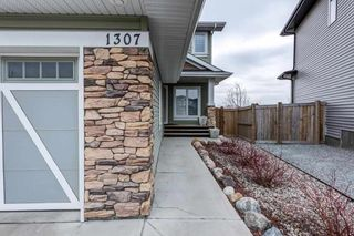 Photo 3: 1307 158 Street in Edmonton: Zone 56 House for sale : MLS®# E4240864