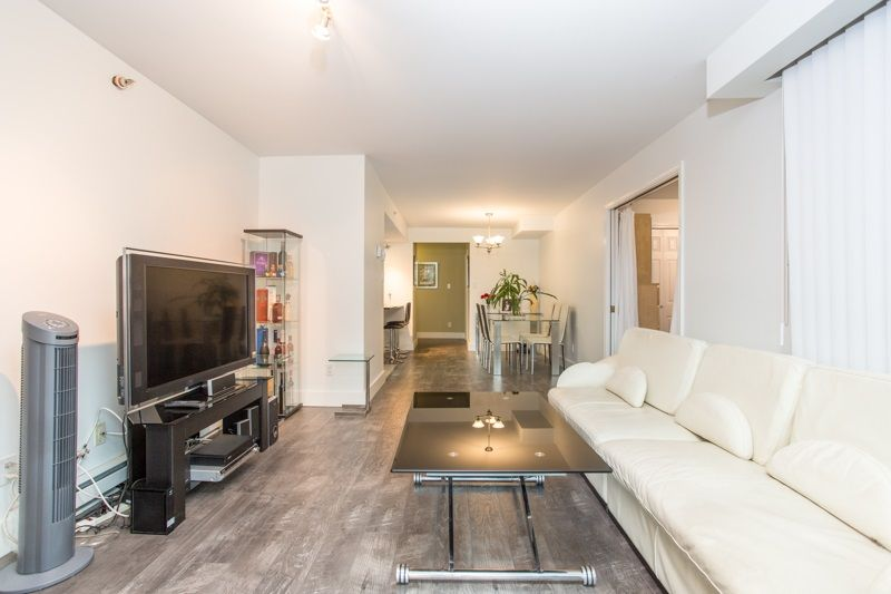 """Photo 15: Photos: 303 1159 MAIN Street in Vancouver: Downtown VE Condo for sale in """"CITY GATE II"""" (Vancouver East)  : MLS®# R2413773"""