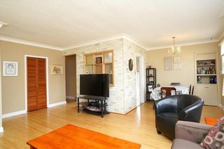 Photo 2: 8 Fontaine Crescent in Winnipeg: Windsor Park Residential for sale (2G)  : MLS®# 202107039