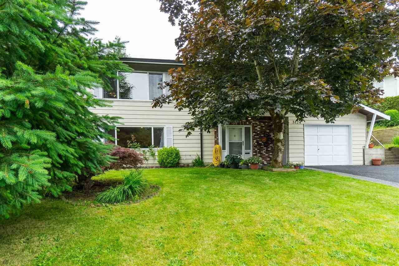 Photo 2: Photos: 3124 BABICH Street in Abbotsford: Central Abbotsford House for sale : MLS®# R2480951