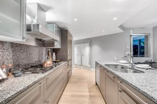 Photo 10: 3202 1111 ALBERNI Street in Vancouver: West End VW Condo for sale (Vancouver West)  : MLS®# R2617118