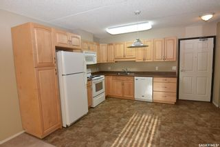 Photo 3: 301 215 1st Street West in Nipawin: Residential for sale : MLS®# SK873940