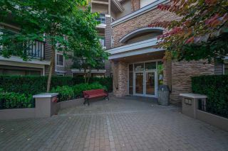 "Photo 33: 129 8915 202 Street in Langley: Walnut Grove Condo for sale in ""THE HAWTHORNE"" : MLS®# R2529871"
