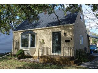 Photo 1: 1011 Lorette Avenue in WINNIPEG: Manitoba Other Residential for sale : MLS®# 1425015