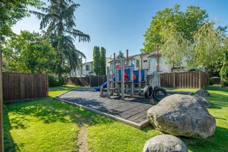 Photo 21: 29 9358 128 STREET in Surrey: Queen Mary Park Surrey Townhouse for sale : MLS®# R2475647