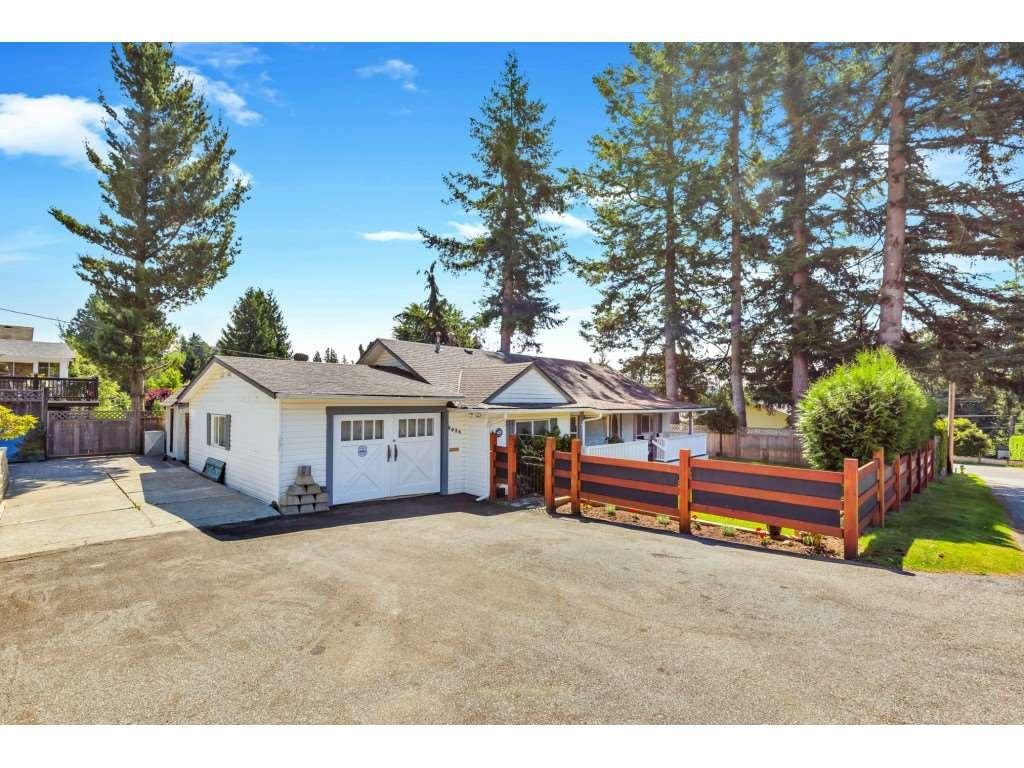 Main Photo: 8036 PHILBERT Street in Mission: Mission BC House for sale : MLS®# R2476390