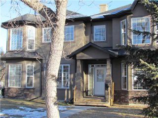 Photo 2: 1046 RUNDLE Crescent NE in CALGARY: Renfrew Regal Terrace Residential Attached for sale (Calgary)  : MLS®# C3506695