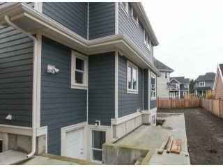 Photo 20: 337 171A Street in Surrey: Pacific Douglas Home for sale ()  : MLS®# F1426277