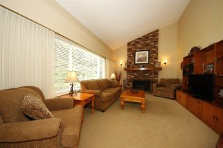Photo 4: 40401 PERTH Drive in Squamish: Garibaldi Highlands House for sale : MLS®# R2131584