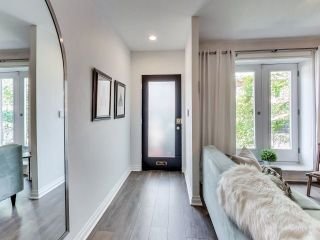 Photo 2: 209 George St in Toronto: Moss Park Freehold for sale (Toronto C08)  : MLS®# C3898717