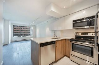 """Photo 10: 1508 1189 HOWE Street in Vancouver: Downtown VW Condo for sale in """"GENESIS"""" (Vancouver West)  : MLS®# R2528106"""