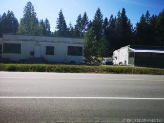 Photo 1: 2565 HIGHWAY 3A in Shoreacres: House for sale : MLS®# 2460484