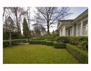 Photo 2: 1629 W 29TH Avenue in Vancouver: Shaughnessy House for sale (Vancouver West)  : MLS®# V696694
