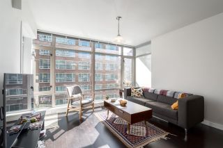 """Photo 9: 905 788 RICHARDS Street in Vancouver: Downtown VW Condo for sale in """"L'Hermitage"""" (Vancouver West)  : MLS®# R2458988"""