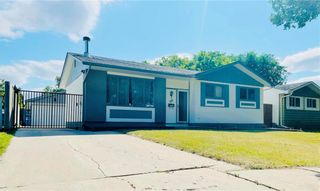 Photo 1: 38 Magenta Crescent in Winnipeg: Maples Residential for sale (4H)  : MLS®# 202116975