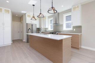 Photo 10: 2136 Champions Way in : La Bear Mountain House for sale (Langford)  : MLS®# 863691