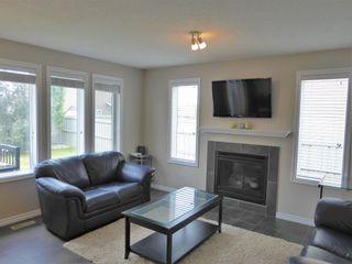 Photo 3: 3814 Whitelaw Place NW in Edmonton: Zone 56 House Half Duplex for sale : MLS®# E4253559