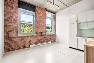 """Photo 4: 204 546 BEATTY Street in Vancouver: Downtown VW Condo for sale in """"The Crane"""" (Vancouver West)  : MLS®# R2625265"""