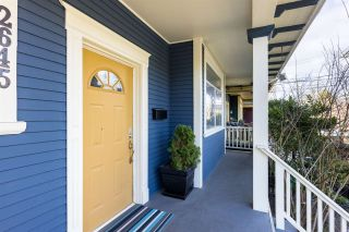 Photo 2: 2645 CAROLINA Street in Vancouver: Mount Pleasant VE House for sale (Vancouver East)  : MLS®# R2560254