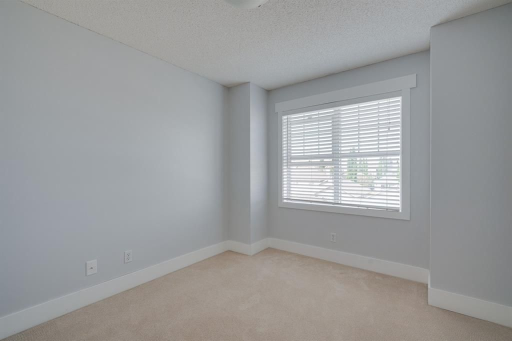 Photo 13: Photos: 3201 7171 Coach Hill Road SW in Calgary: Coach Hill Row/Townhouse for sale : MLS®# A1124017