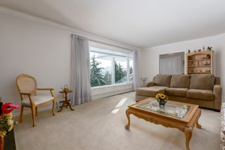 """Photo 7: 4391 MAHON Avenue in Burnaby: Deer Lake Place House for sale in """"DEER LAKE PLACE"""" (Burnaby South)  : MLS®# R2429871"""