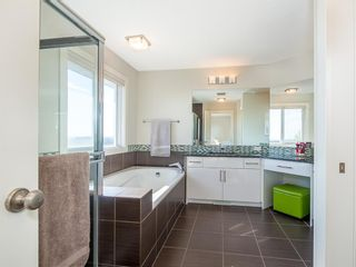 Photo 34: 84 Sage Bank Crescent NW in Calgary: Sage Hill Detached for sale : MLS®# A1027178