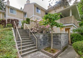 """Photo 1: 2 2223 ST JOHNS Street in Port Moody: Port Moody Centre Townhouse for sale in """"PERRY'S MEWS"""" : MLS®# R2363236"""
