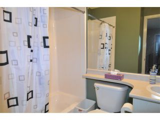 """Photo 10: 10262 242B Street in Maple Ridge: Albion House for sale in """"COUNTRY LANE"""" : MLS®# V1046652"""